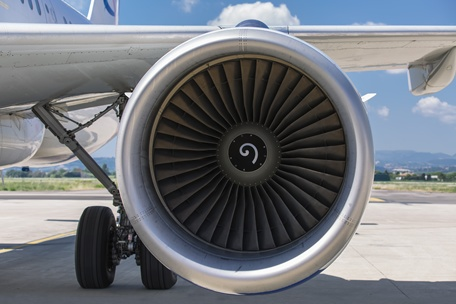 High-low temp capability for jet engine seals